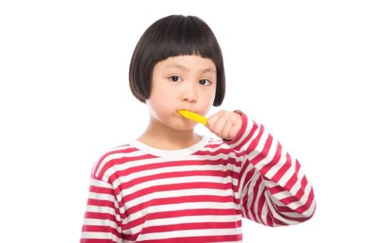 あなたの朝の歯磨きは起きてすぐ? 朝食後?