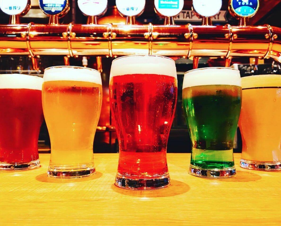 朝からビールの至福:ATHREE PARLOR アット歌舞伎町
